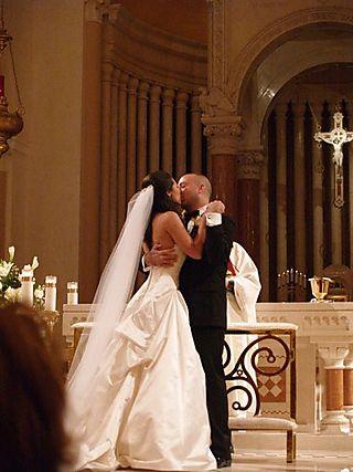 Wedding kiss 1