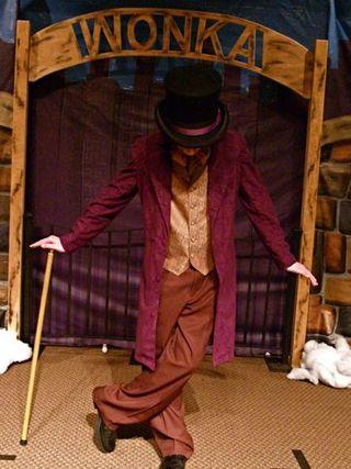 Wonka standing