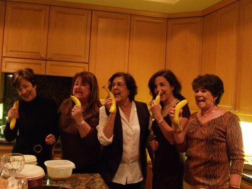 Banana sisters