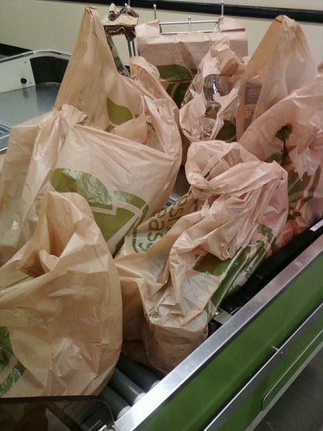 Fresh and easy grocery bags