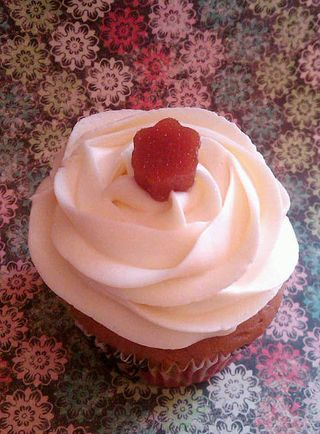 Guava & Cream Cheese Cupcake