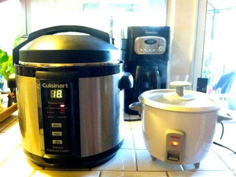 Pressure cooker and rice cooker