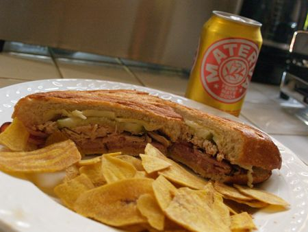 Cuban sandwich with materva