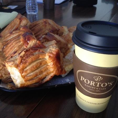 Portos coffee & pastelito