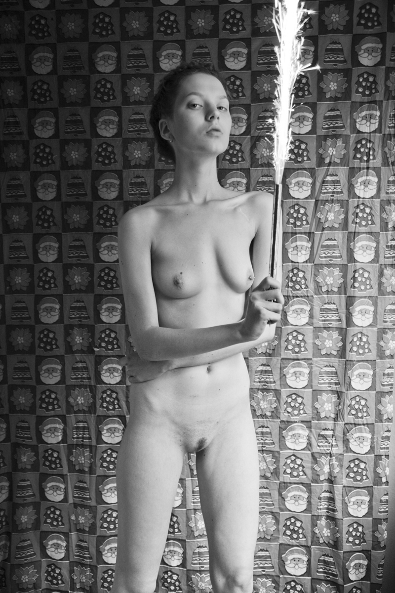 Julia nackt Nobis Julia Nobis