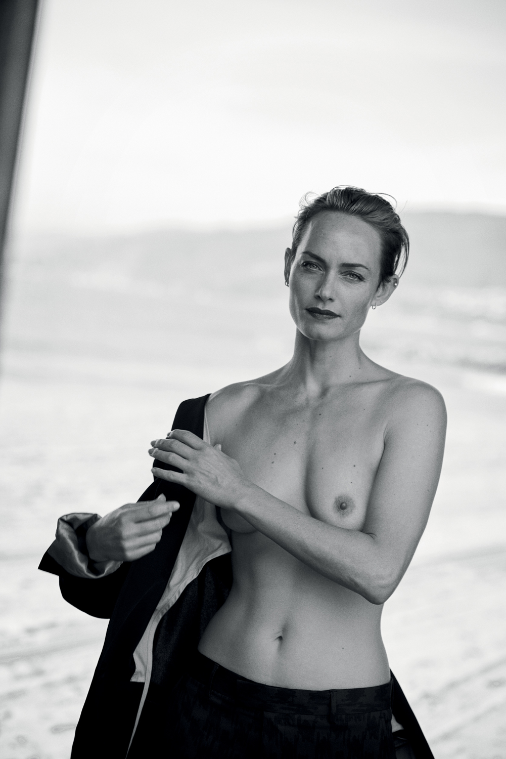 Watch Amber Valletta video