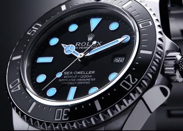 Vuestro favorito del día - Página 9 Rolex-116600-Sea-Dweller-4000m-LUME-Shot-Baselworld-2014-via-Perpetuelle
