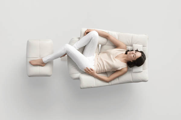 Natuzzi_Revive_Leather_Recliner_on_Design_Hunter_3