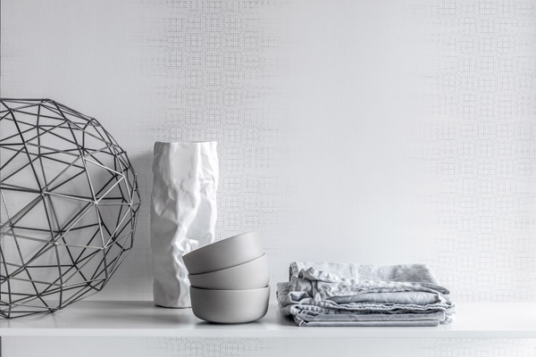 1710_eco_white-wallpaper_styling