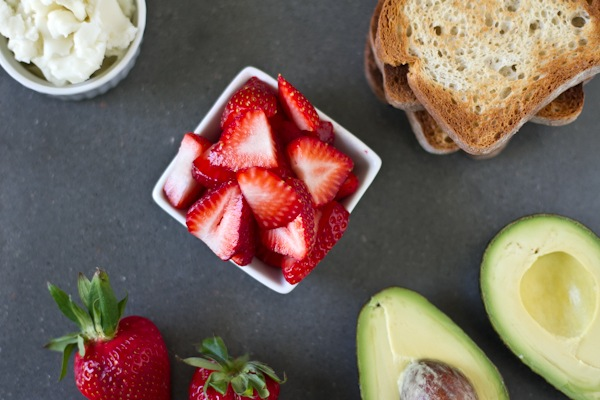 avocadostrawberry (1 of 9)