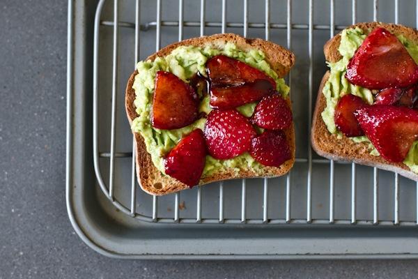 avocadostrawberry (4 of 9)