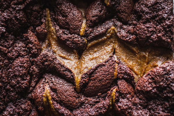 Pumpkin Spice Swirl Brownies | edibleperspective.com #fall #glutenfree