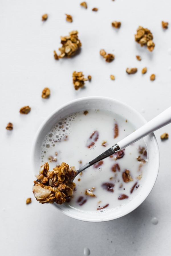 Pumpkin Maple Pecan Granola | edibleperspective.com