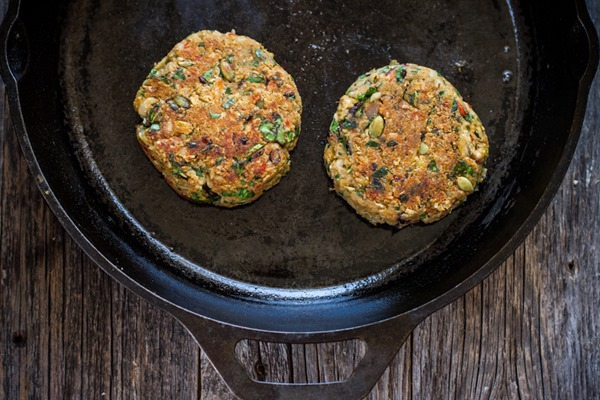 Smoky Black Eyed Pea + Collard Green Veggie Burgers | edibleperspective.com