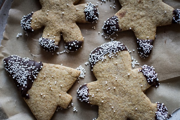 Simple Gluten-Free Sugar Cookie Cutouts {refined sugar free + dairy free} | edibleperspective.com