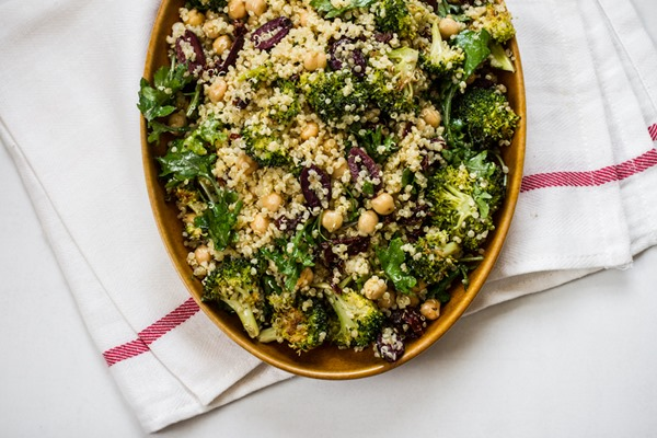 Quinoa Chickpea Veggie Salad with Lemon Basil Dressing | edibleperspective.com