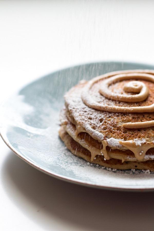 cinnamon roll pancakes (GF) | edible perspective
