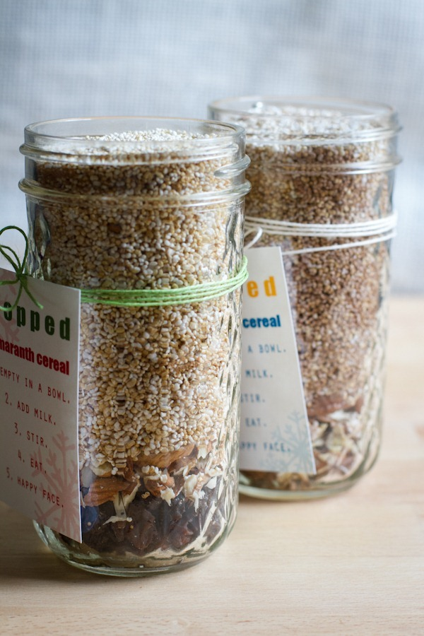 popped amaranth cereal {gifts in jars} || edible perspective