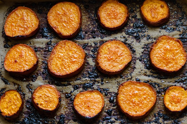orange glazed sweet potatoes + forbidden rice // edible perspective