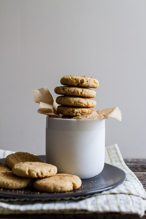 Simple Lemon Cornbread Cookies {1-bowl, vegan + gf} | edibleperspective.com