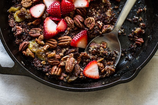 Breakfast Friday | Quinoa-Banana Skillet Bake from Straight From the Earth -- edibleperspective.com #vegan
