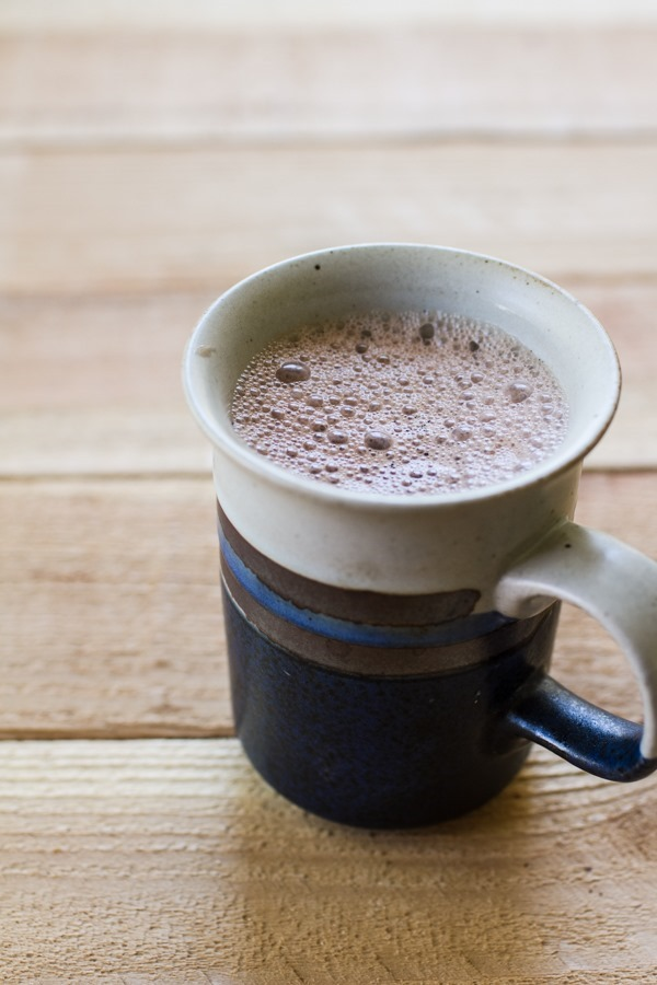 Vanilla Bean Cinnamon Hot Cocoa | edibleperspective.com #befair #vegan #fall