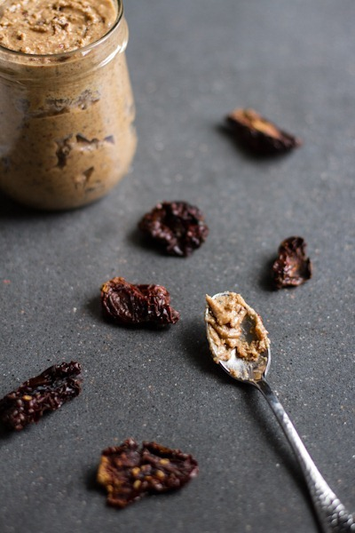 sun dried tomato almond butter | edible perspective