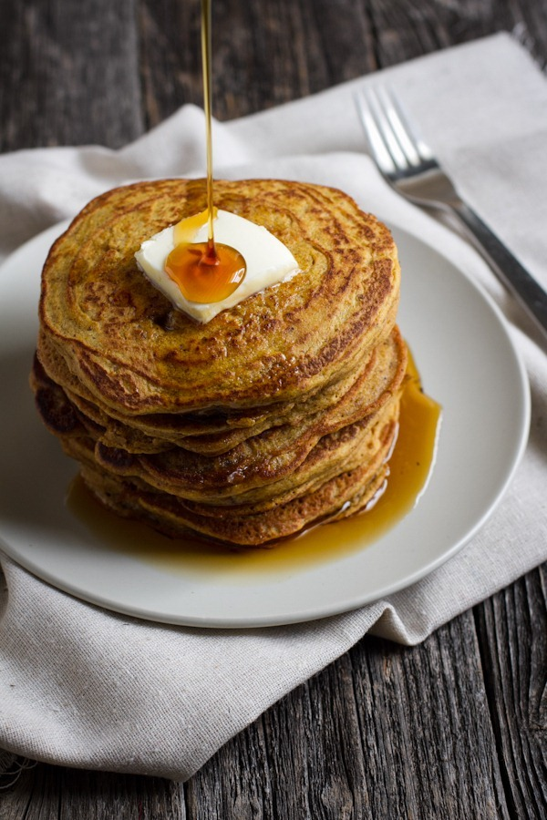 gluten-free pumpkin spice pancakes | edible perspective