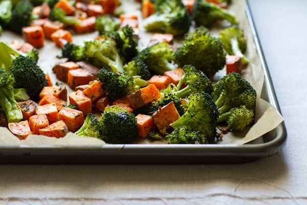 rosemary + garlic roasted broccoli and sweet potatoes | edible perspective