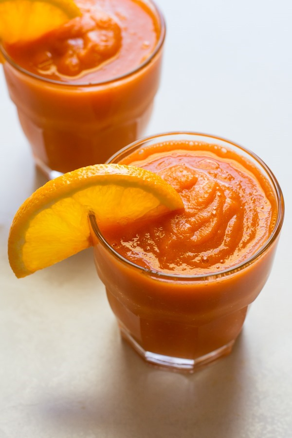 carrot apple banana smoothie // edible perspective
