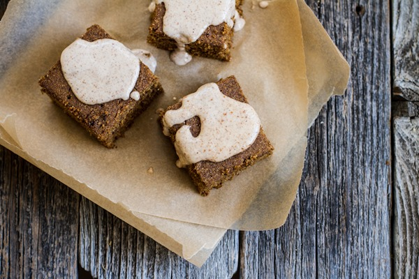 Breakfast Friday >> Gingerbread Buckwheat Cake | edibleperspective.com