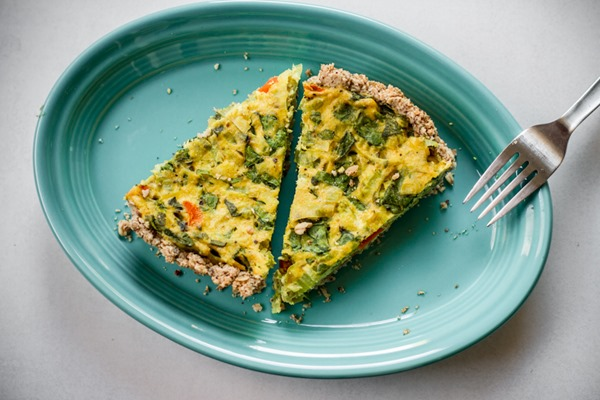 Tofu Stuffing Quiche | edibleperspective.com