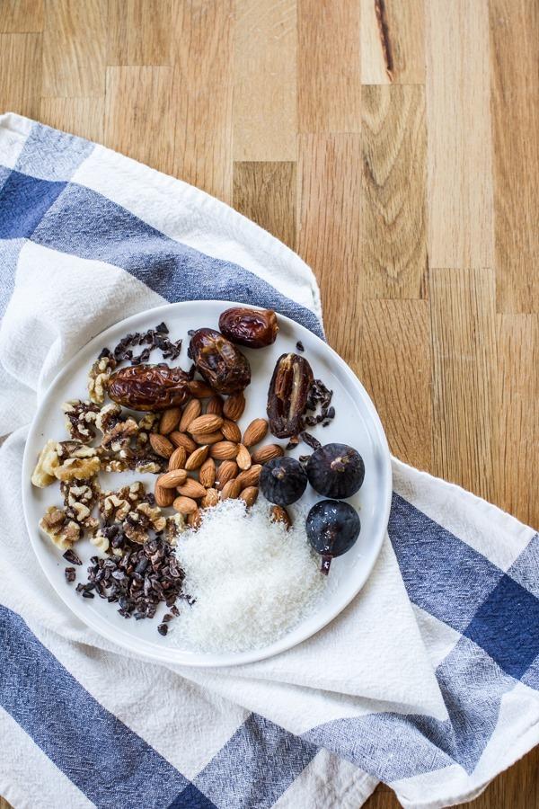 Make Ahead Freezer Oatmeal | edibleperspective.com