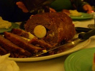 Egg in pulpeta