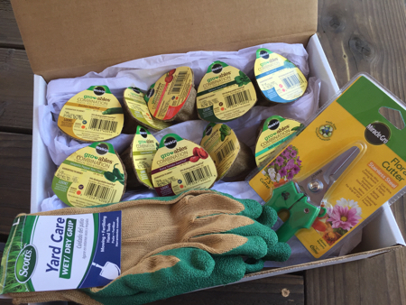 My-big-fat-cuban-family-garden-scotts-giveaway