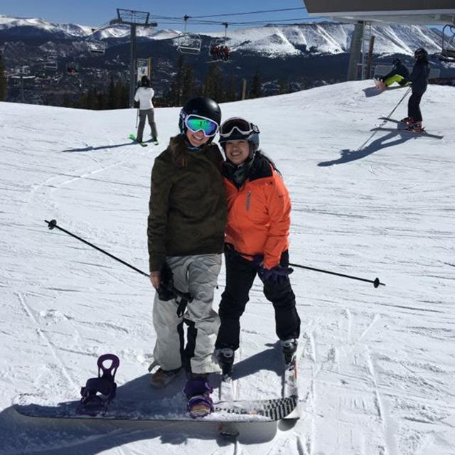kayla family skiing